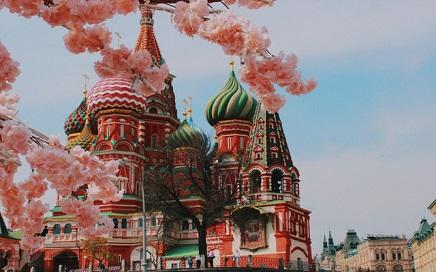 在国内读大学好还是来俄罗斯留学好?缩略图