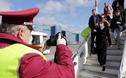 简化的入境俄罗斯签证将会给那些俄罗斯公民的外国亲属缩略图