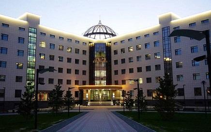 新西伯利亚国立大学(НГУ)