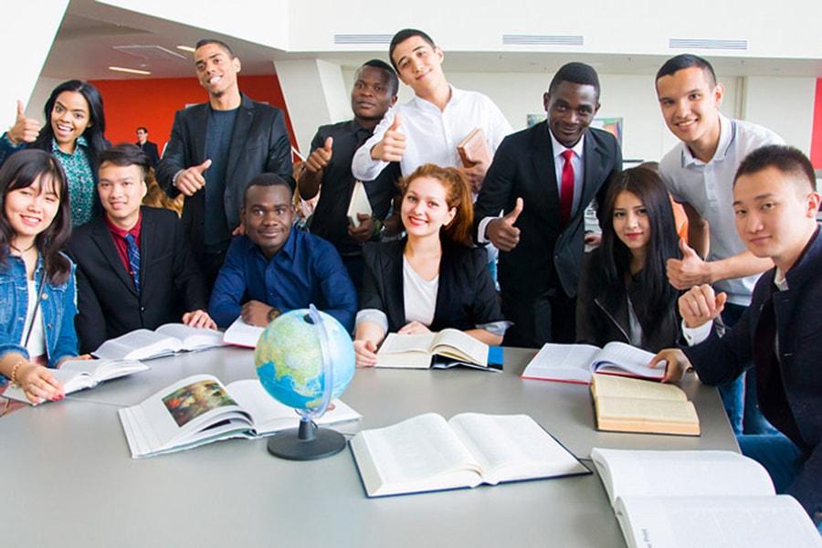 俄罗斯留学毕业就业方向和前景分析
