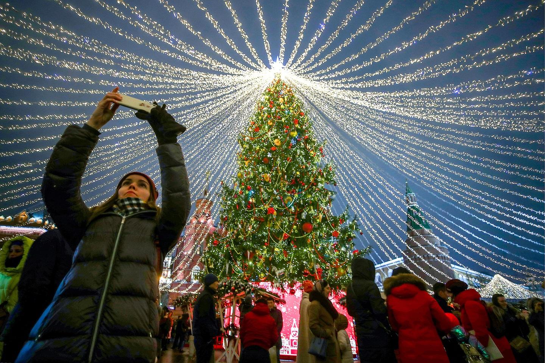 2019年的莫斯科市红场附近的大圣诞树
