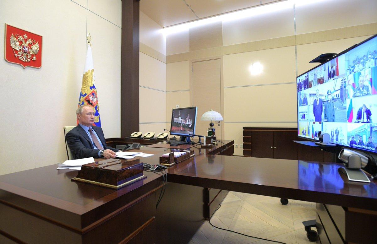 俄罗斯总统普京表示在疫情期间他也只能采取远程会议的形式对国家问题作出决策