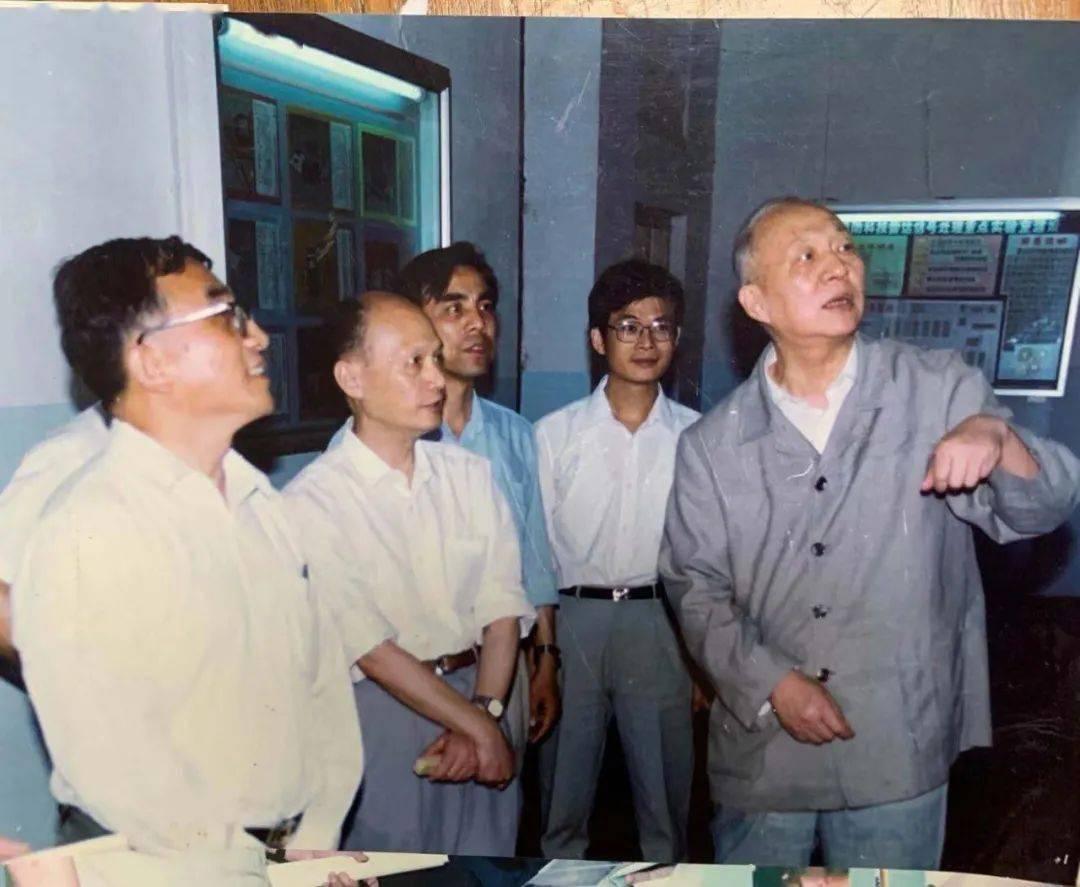 俄罗斯留学莫斯科大学的第一位中国博士 – 谷超豪插图4-小狮座俄罗斯留学