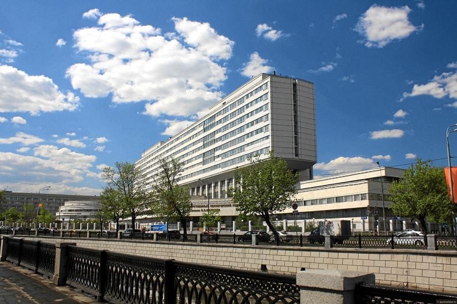 莫斯科国立鲍曼技术大学(МГТУ им. Н.Э Баумана)