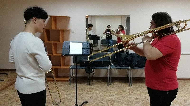 长号男生留学乌拉尔音乐学院