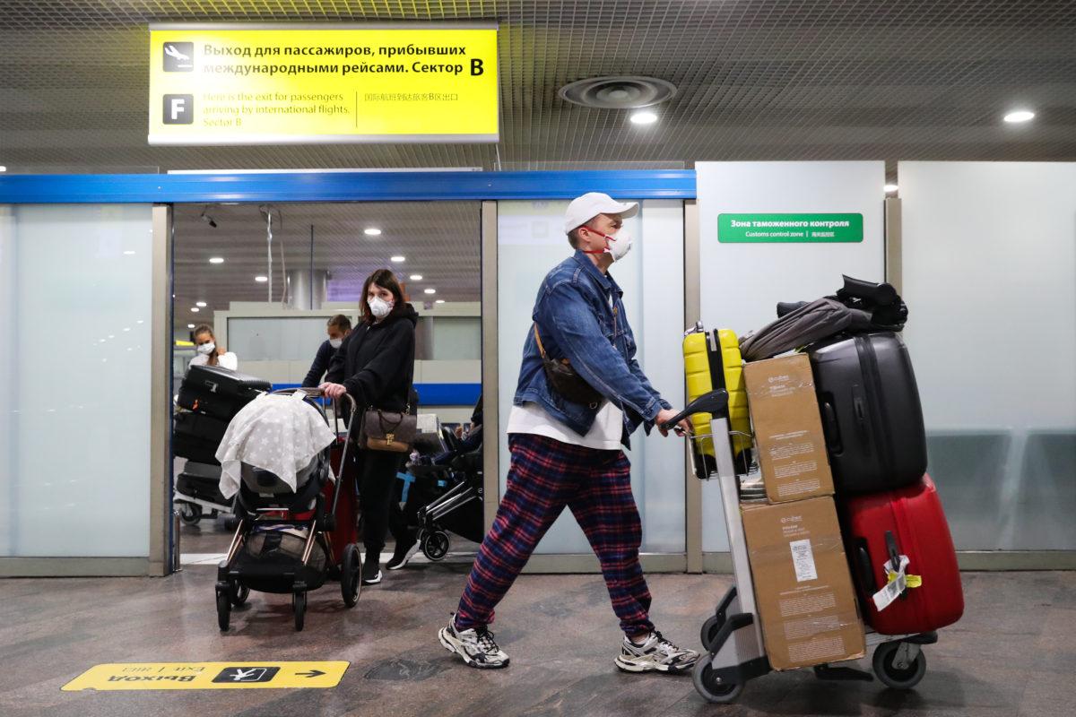 4月入境俄罗斯最新消息:过半数外国学生依然无法入境俄罗斯留学 – 人数接近16.5万人!插图-小狮座俄罗斯留学