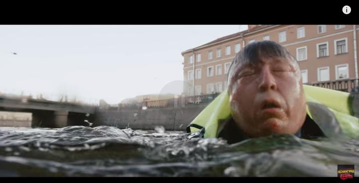 视频中这里是圣彼得堡市的涅瓦河