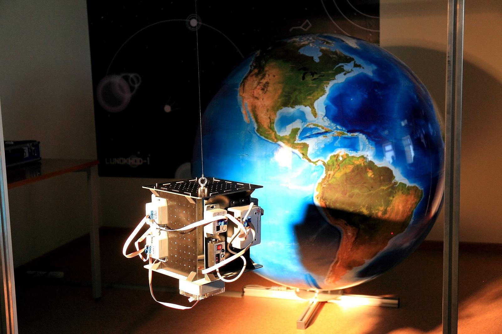 高等经济大学HSE向近地轨道发射了一颗卫星!插图3-小狮座俄罗斯留学