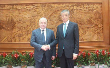 中国政府朝鲜半岛事务特别代表刘晓明 会见俄罗斯驻华大使杰尼索夫 – 俄罗斯新闻缩略图