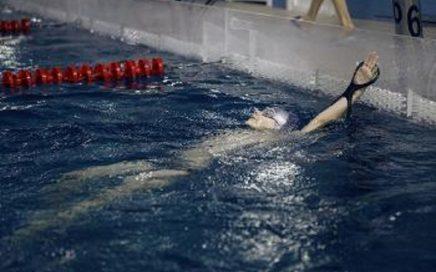 乌拉尔联邦大学游泳运动员在国际大学比赛中表现优异缩略图
