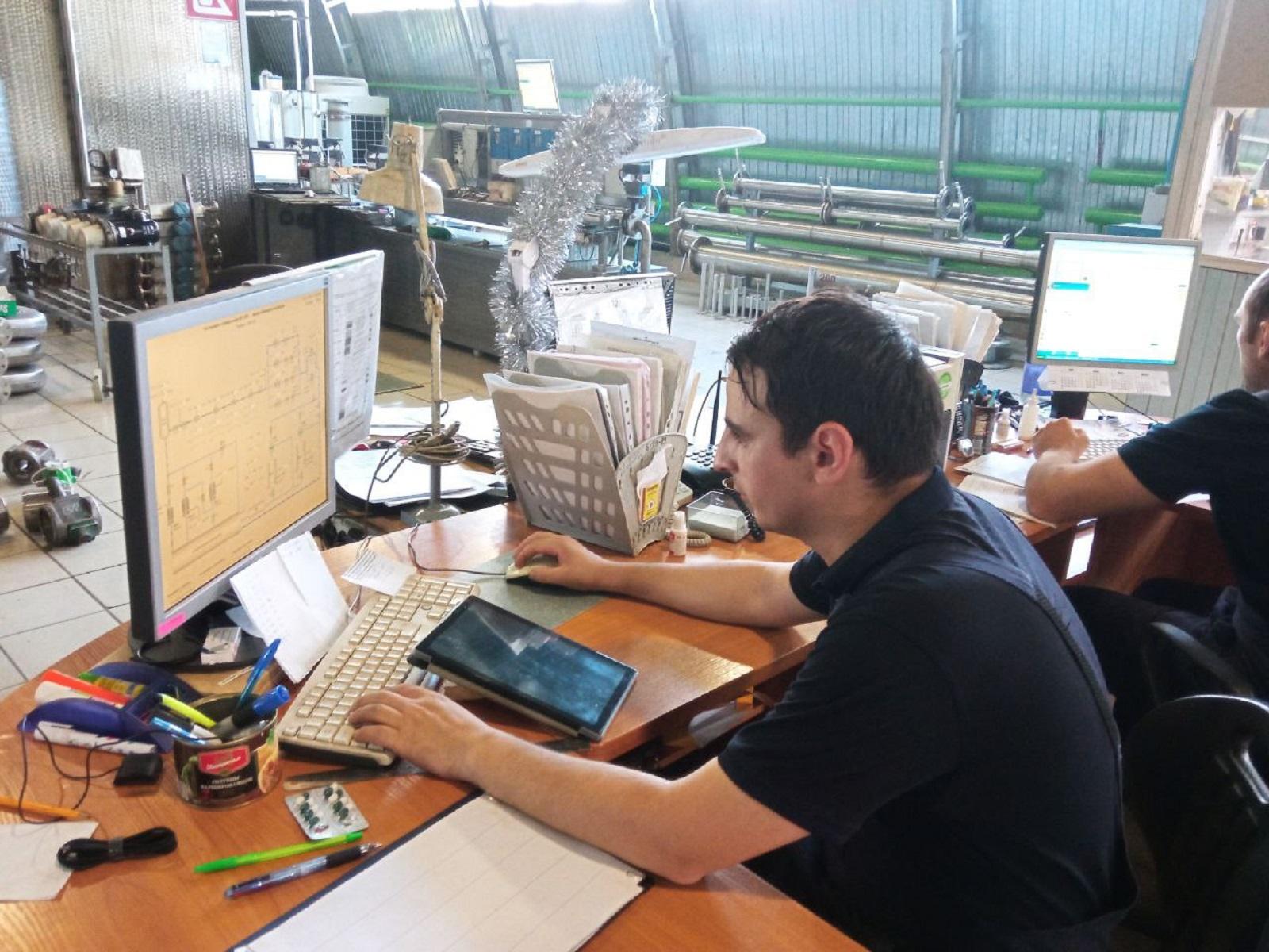 托木斯克国立大学物理与技术学院学生在俄罗斯和独联体的高科技公司进行实习插图-小狮座俄罗斯留学