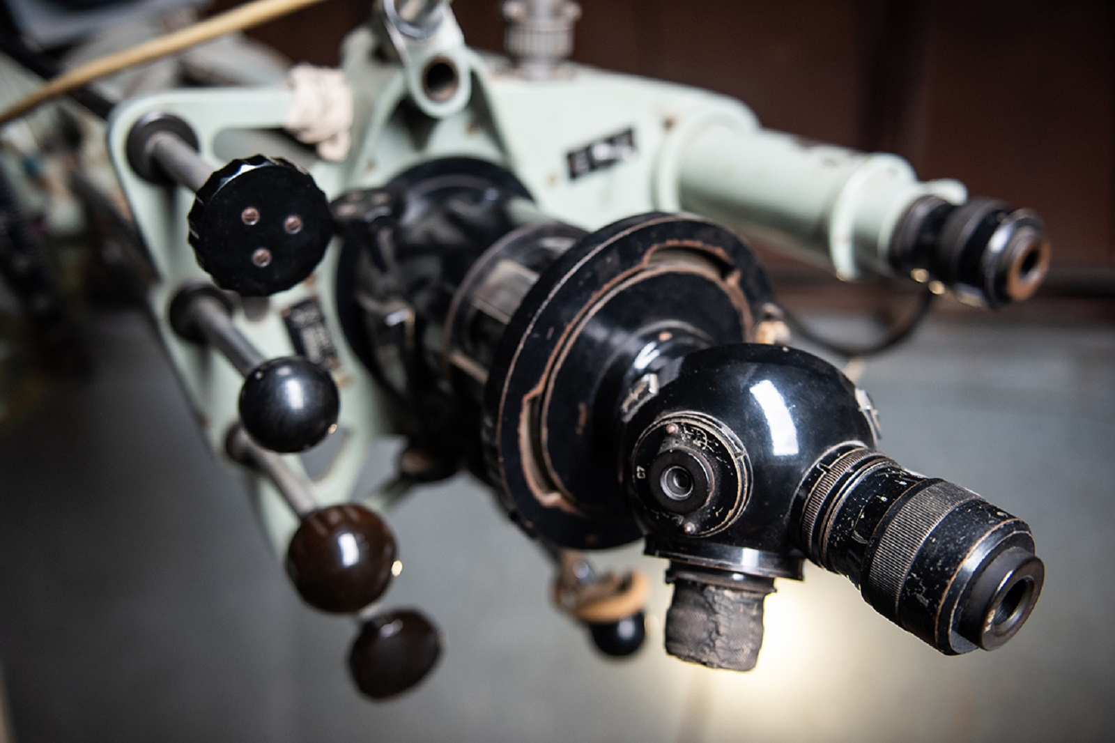 托木斯克国立大学观测站第二次启用,学生通过它观测到了土星的卫星插图-小狮座俄罗斯留学