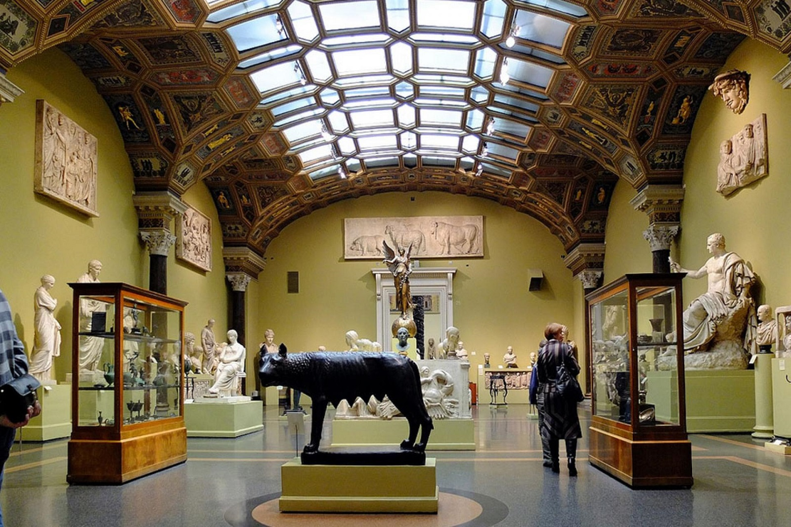 圣彼得堡国立大学本科专业《博物馆学与文化与自然遗产保护》详细介绍!插图-小狮座俄罗斯留学