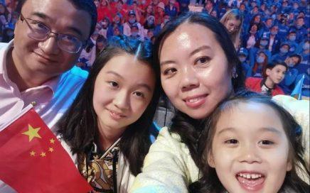 中国女孩在俄罗斯媒体走红:我想让中文歌唱响世界!缩略图