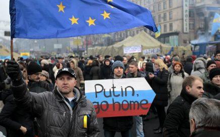 俄罗斯政府将乌克兰外长等七十余人列入制裁名单!缩略图