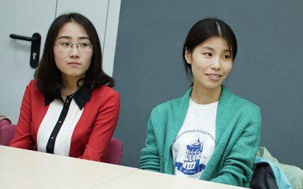 俄语专业女生成功入学乌拉尔联邦大学俄罗斯语言文学系缩略图