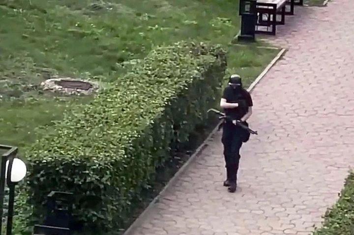俄罗斯彼尔姆国立大学发生枪击案,死伤28人其中8人死亡插图6-小狮座俄罗斯留学
