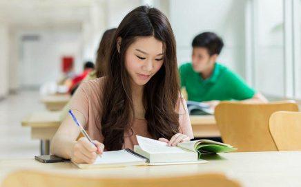 黑龙江姑娘顺利入学乌拉尔联邦大学俄语系缩略图