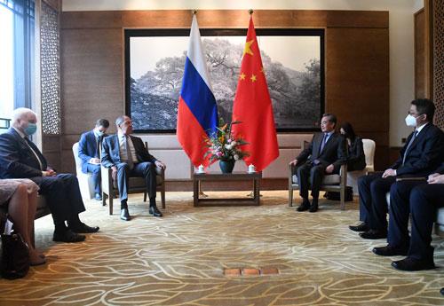 王毅会见俄罗斯外长拉夫罗夫 – 俄罗斯新闻插图1-小狮座俄罗斯留学
