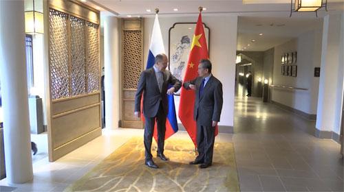 王毅同俄罗斯外长拉夫罗夫举行会谈 – 俄罗斯新闻插图-小狮座俄罗斯留学