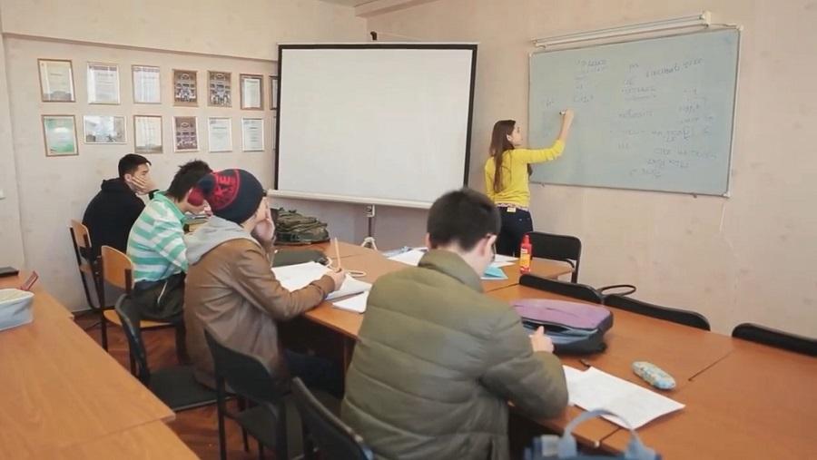 乌拉尔联邦大学预科学习照片|俄罗斯留学预科|俄罗斯大学预科学习