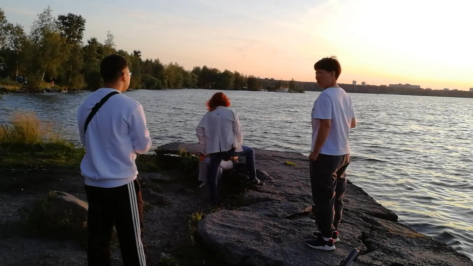 叶卡捷琳堡的Shartash湖的日落