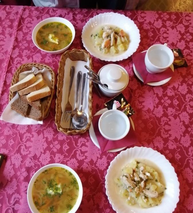 俄罗斯餐厅点的菜 俄罗斯留学的真实生活 俄罗斯留学 俄罗斯的生活 留学生活