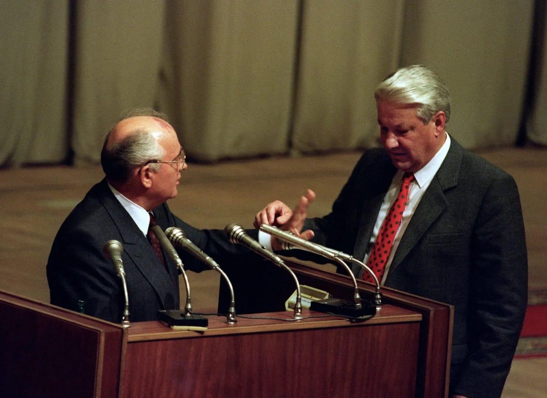 叶利钦上台打断戈尔巴乔夫的演讲 苏联解体 俄罗斯