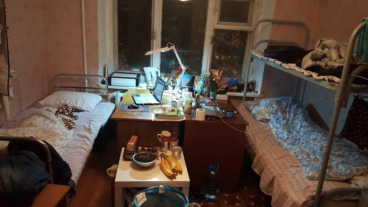 2015年11月小编住1宿的时候的房间照片,我和我室友一共2人|乌拉尔联邦大学|俄罗斯留学|俄罗斯留学费用|俄罗斯大学专业|俄罗斯留学机构